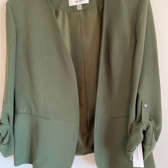 Blazer suit with skirt